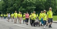 Plus de 100 marcheurs sur le Boulevard Gouin