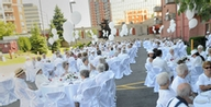 Les Jardins de Renoir 25th anniversary was celebrated all in white