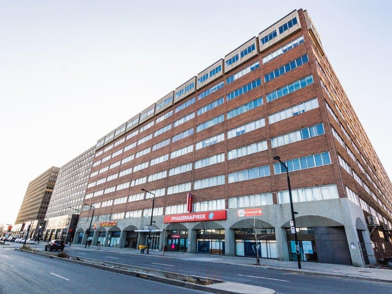 333 Chabanel Espace A Bureaux A Montreal